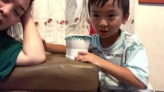 Japanese boy! Toilet/tissue game 。