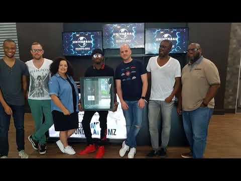 Diamond Platnumz aweka rekodi Afrika na kupatiwa tuzo na Universal Music Group