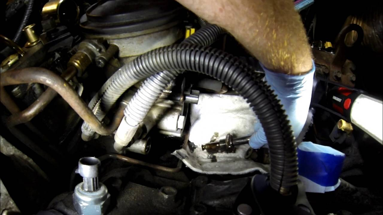 2016 Ford F350 >> 7 3L Injection Pressure Regulator Replacement - YouTube
