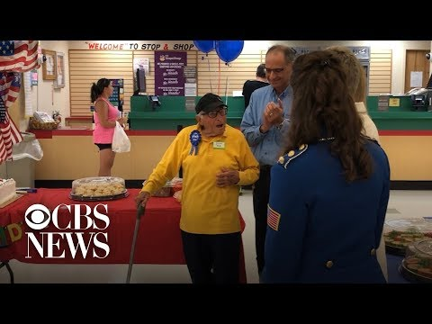 Kylie - GOOD VIBES: WWII Veteran gets surprise birthday party thrown by co-workers