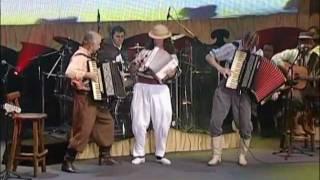 Os Serranos - Abre o Fole Tio Bilia - part. Renato Borghetti - Ao Vivo DVD 40 anos