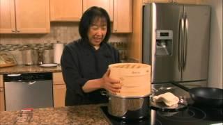 Helen Chen Episode 2 - Bamboo Steamer demo (Helen's Asian Kitchen with BigKitchen.com)
