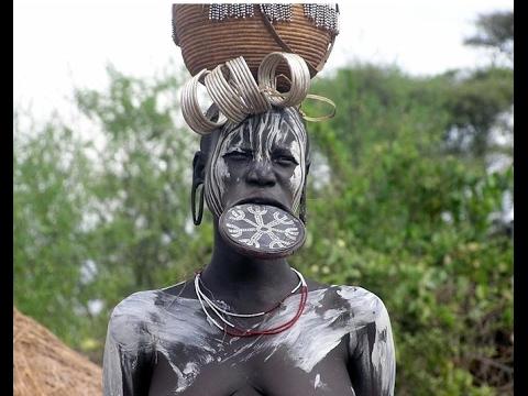Der verrückte Stamm der Kamayurá Doku