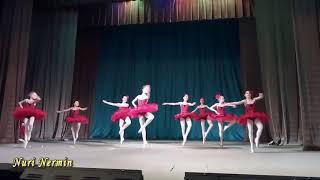 Танец в пачках