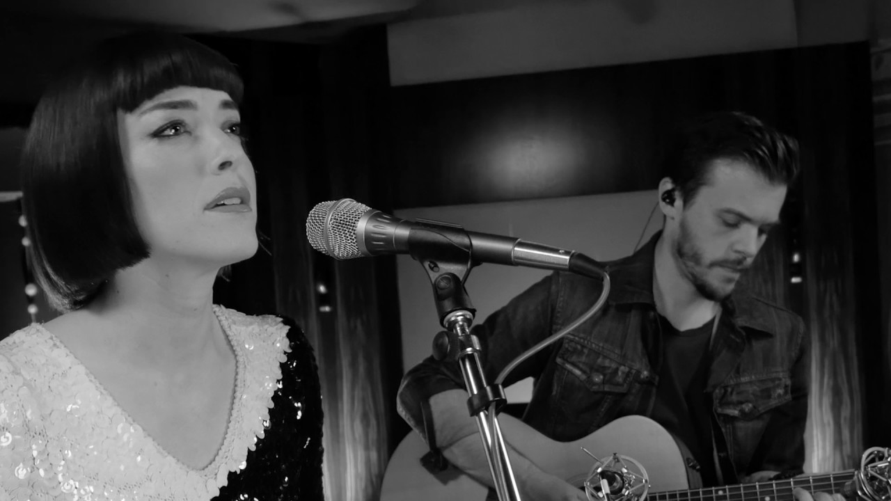 Download Elise LeGrow - You Never Can Tell (Live Acoustic)