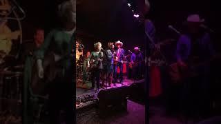 Swinging Doors (Merle Haggard cover) - Tom Phillips & The DT's feat. Shaela Miller