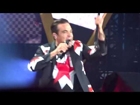 Robbie Williams - Party Like a Russian @ Manchester Etihad Stadium, 2-6-2017