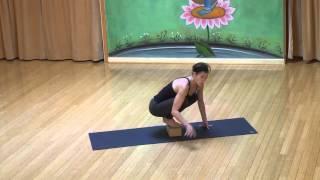 TUTORIAL: Bakasana, Crow/ Crane Pose - YogaVibes.com