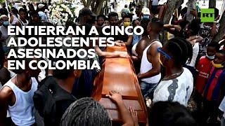 Entierran a cinco adolescentes asesinados en Colombia YouTube Videos