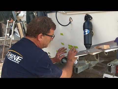 BOAT GELCOAT REPAIR TIPS FROM CARL AT COSINE