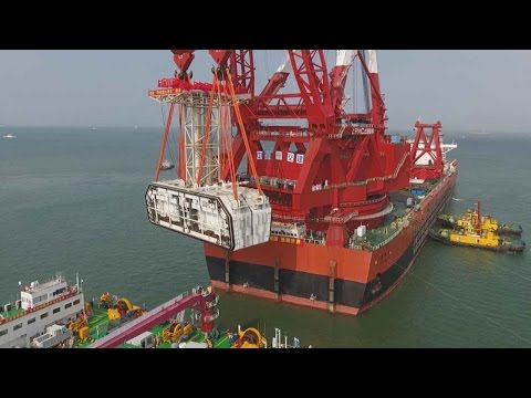 China installing final segment in world's longest sea construction project