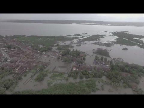 afpbr: Chuva deixa deslocados e mortos no Brasil
