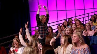 Ellen Finds Out Who's the Smartest Audience Member thumbnail