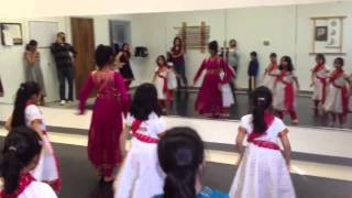 Sia Dance Aawara bhaware