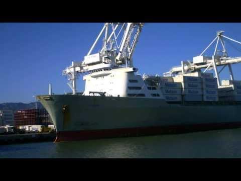 Bat Area Container Ship Spotting - Matson Lines Mokihana at Oakland  June 19, 2013