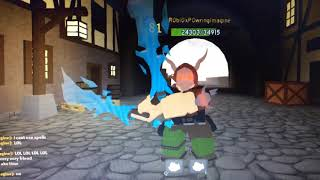 ROBLOX: Glacial Blows arm glitch in dungeon quest
