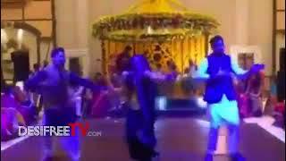 Maya Ali and Sanam Chaudhry 39 s Dance V