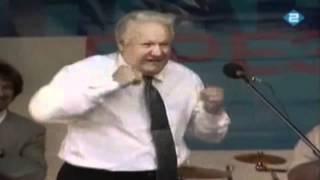 Пьяный Ельцин танцует и поет(Самые смешные моменты., 2012-03-28T18:57:02.000Z)
