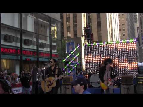 Lenny  Kravitz  On Today Show Lenny Kravitz Concert 2011