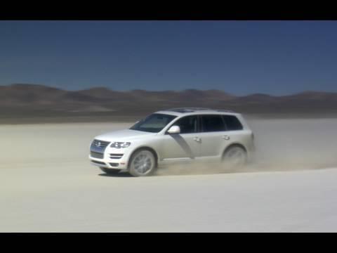 Volkswagen Touareg TDI - Top Speed Dry Lake Test