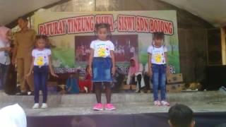 Download lagu Lucu banget siswa SD menari lagu pokemon