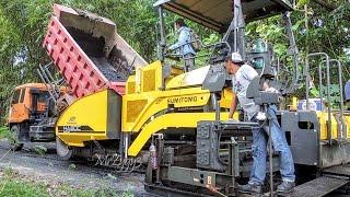 Asphalt Paver Sumitomo HA60C Fuso Self Loader Dump Truck Working
