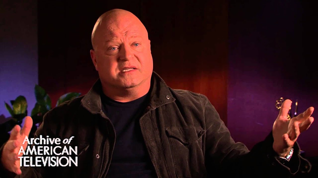 Michael Chiklis discusses playing the Commish - EMMYTVLEGENDS.ORG ...