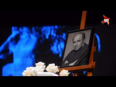 Москва прощается с актером Львом Дуровым