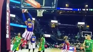 Amazing Globetrotter Highlights - Which Play Is Better?