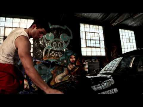 IZAK DAVEL – Alleen (AMPTELIKE MUSIEK VIDEO)