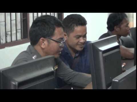 สมาร์ทโฟน รุ่น 6 ศูนย์ ICT ชุมชนกศน.เขวาสินรินทร์