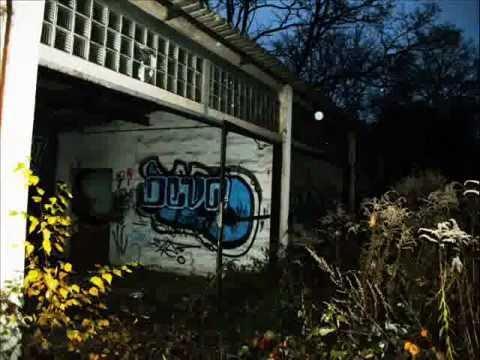 alte verlassene kfz werkstatt in dresden youtube. Black Bedroom Furniture Sets. Home Design Ideas