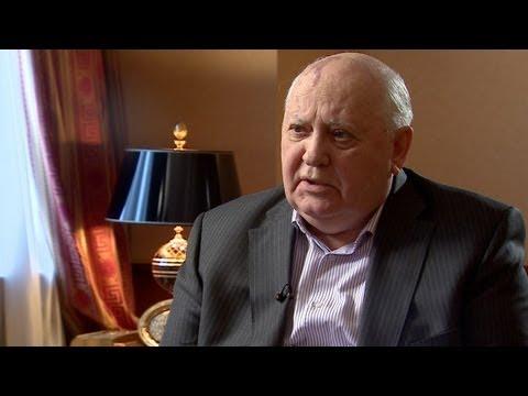 Михаил Горбачев: Путин хотел укоротить мне язык - BBC Russian