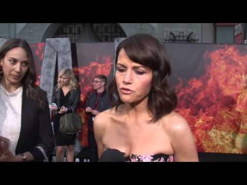 San Andreas: Carla Gugino Exclusive Premiere Interview