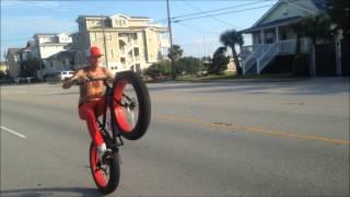 THE Mongoose Dolomite Fat Tire Bicycle Wheelie Video! Wrightsville Beach NC!! 肥胎腳踏車孤輪影片.