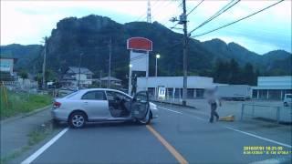 無人車がバックしてきた!! 縁石乗り上げ 脱出成功 ドラレコ