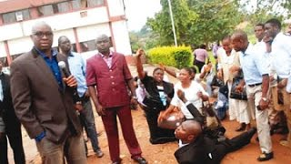 Governor Fayose - Ekiti State Civil Servants Prostrate for Lateness to work