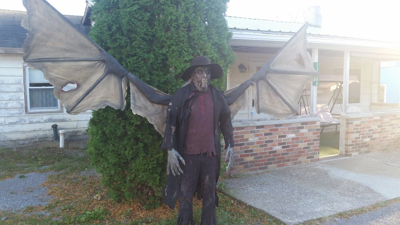 Jeepers Creepers Halloween Costume Mask and Hat - YouTube