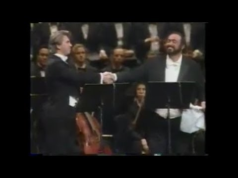 Luciano Pavarotti & Dmitriy Hvorostovsky - Invano Alvaro