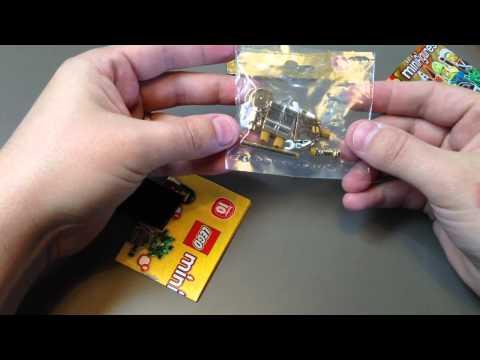 LEGO Mr. Gold Un-Bagging