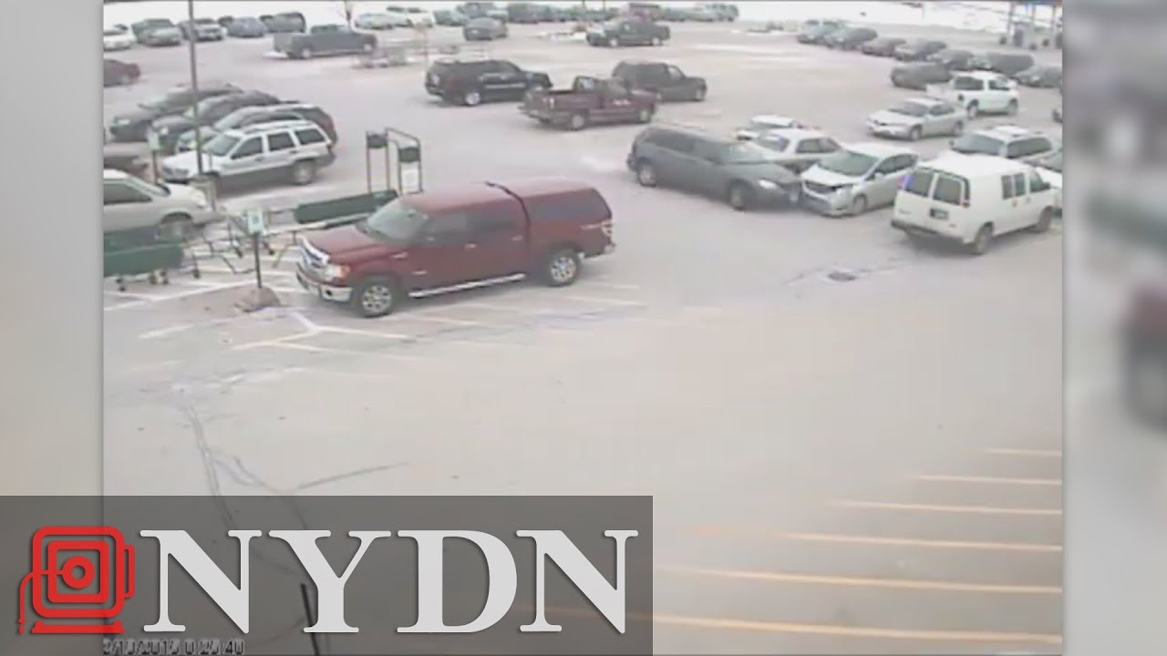 92-year-old driver smashes 9 cars in parking lot - YouTube