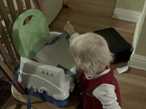 Helen and Baby: Highchair Safety