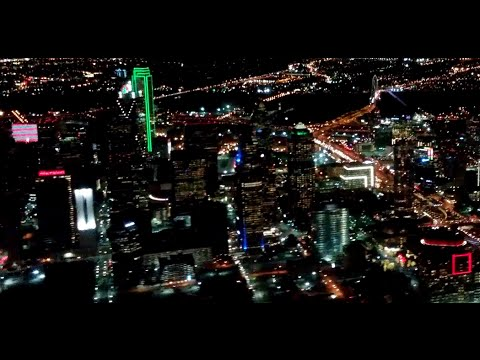 4K UHD DAL United ERJ-135 Landing Night Great Views Dallas Love Field