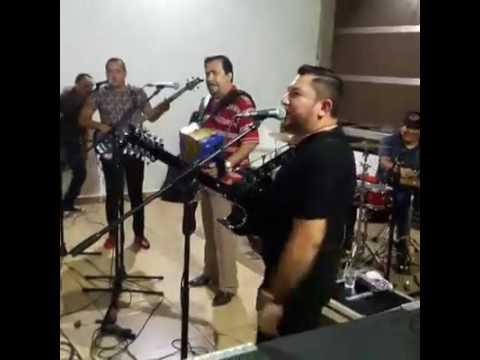 Los Nuevos Rebeldes Intocables Del Norte Jesus Ojeda En Vivo Cumpleaños Guayo