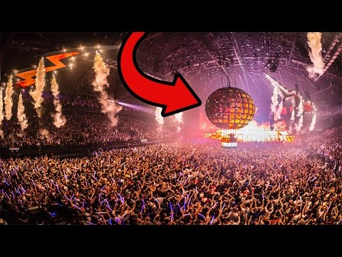 TOP 5 BIGGEST MUSIC FESTIVALS IN THE WORLD