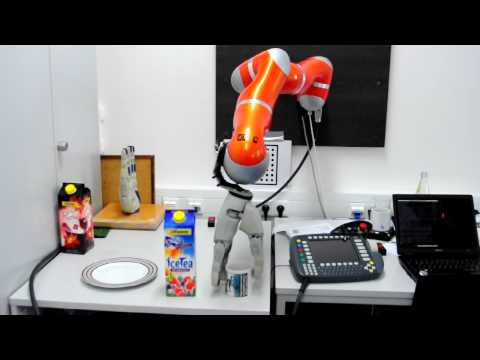 DLR/HIT Hand on a KUKA LWR-4 Robot, manipulating a cup and an ice tea box. IAS Department @ TUM