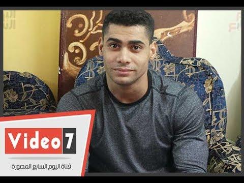 بطل من ذهب.. بعد فوزه بـ3 ميداليات فى رفع الأثقال  - 12:22-2017 / 12 / 15