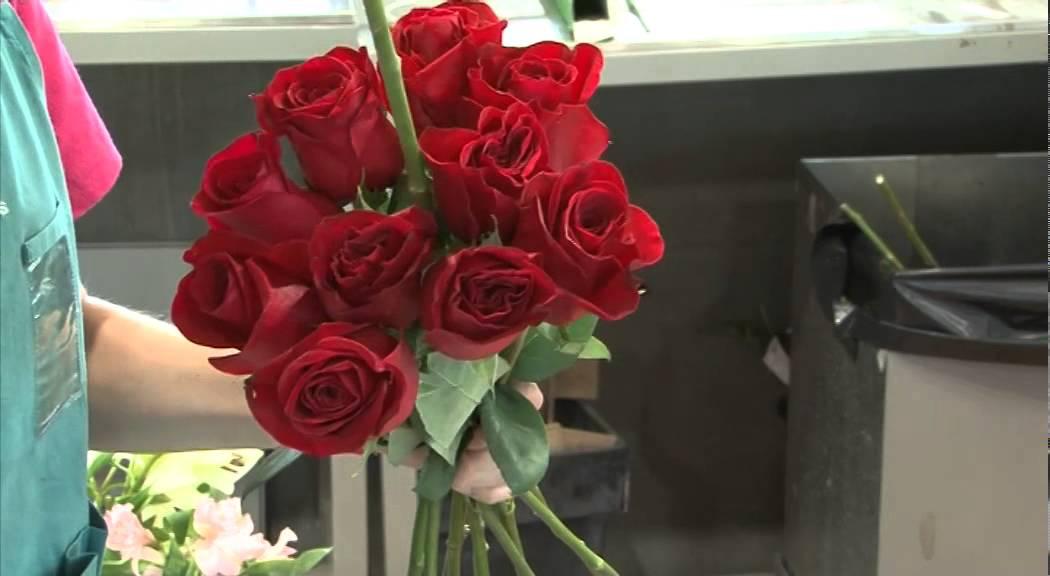 C mo hacer un ramo de flores para novias youtube - Como hacer ramos de flores ...