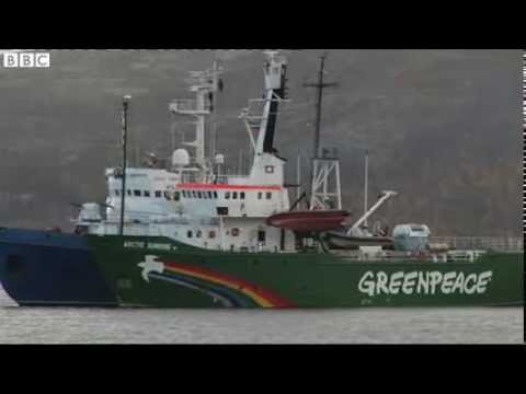 Russia  Greenpeace activists held on suspicion of piracy