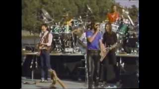 The Doobie Brothers - Listen To The Music - Live '81